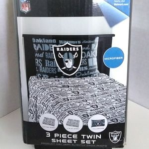 Other - Oakland Raiders 🏈 3-pc 'Twin' Sheet Set *NEW*